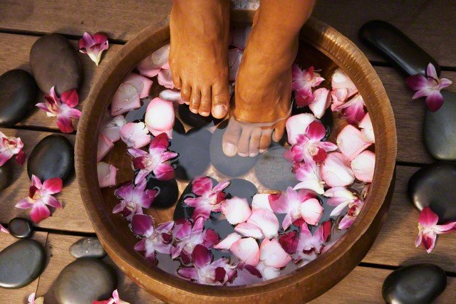 The Best At Home Organic Pedicure For Natural Pretty Feet