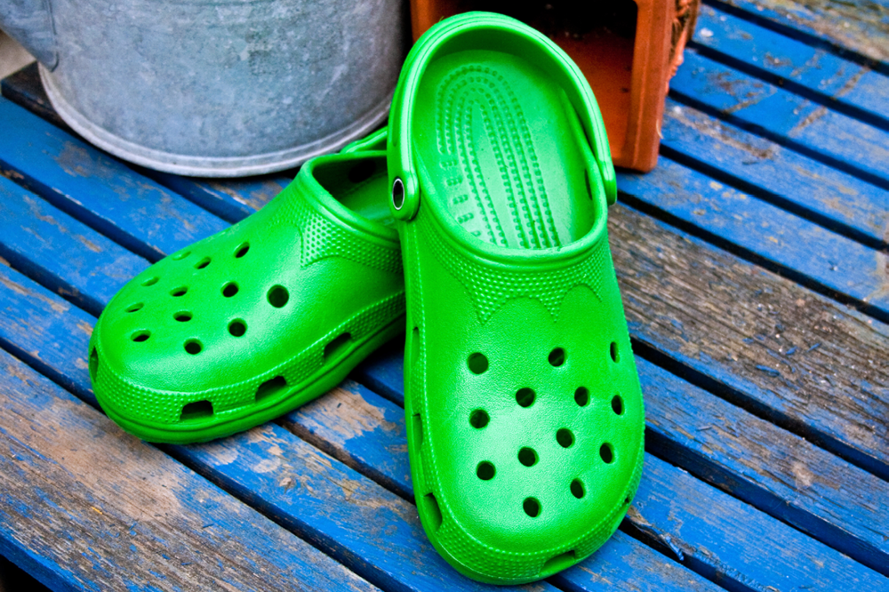 Podiatrists Warn Crocs Are Bad For Your Feet