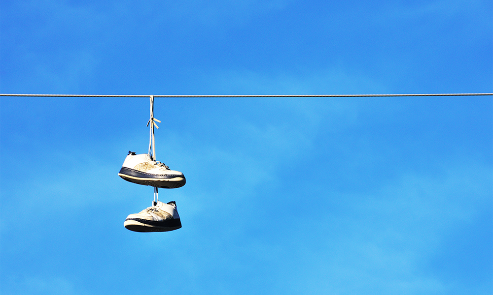 Ever Seen Shoes On Power Lines? Here\'s Why. | Footfiles
