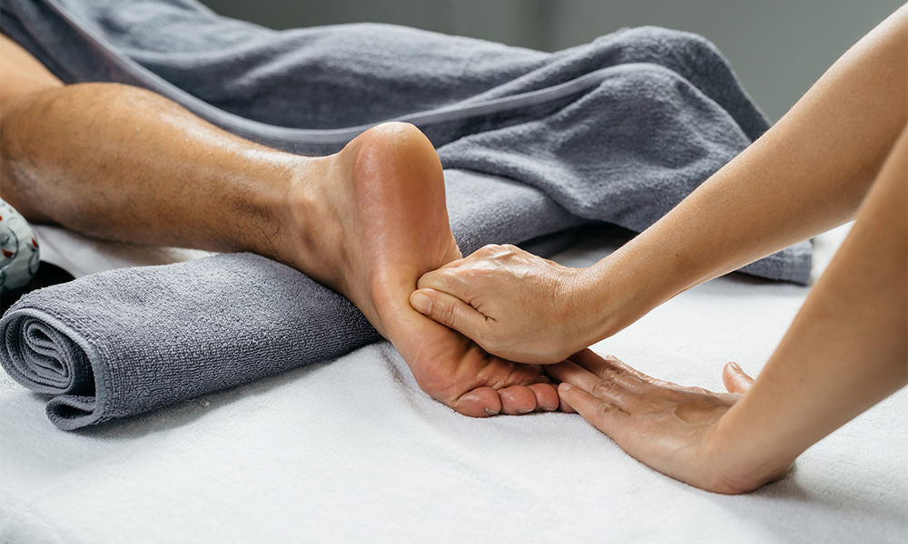 Foot Massage Techniques From Ah To Zzz | Footfiles