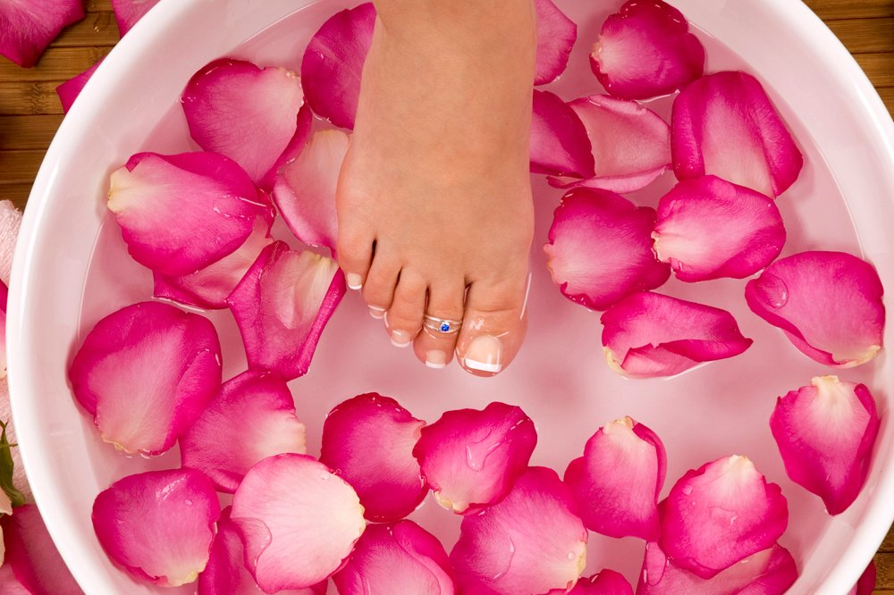 Wonderful How To Wear Toe Rings The Right Way | Footfiles NW75