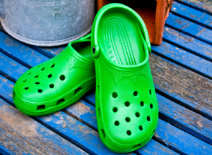 Podiatrists Warn Crocs Are Really Bad For Your Feet