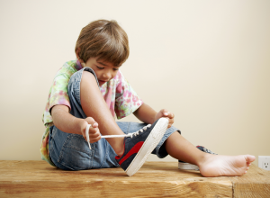 Kids Learning To Tie Shoe Laces Later Than Ever, Studies Show