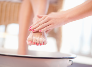 Dry Foot Skin Exfoliation with Salt