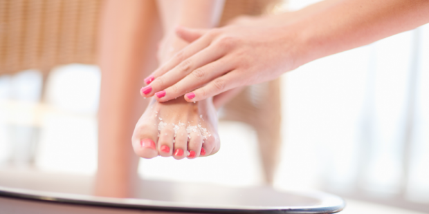 Dry Foot Skin Exfoliation with Salt