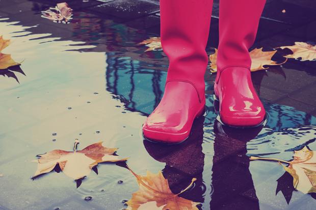 8 Healthy Reasons To Walk In The Rain
