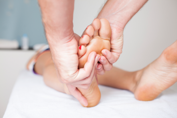AcupAcupressure Vs Acupuncture: What Is the Difference, and Which Is Best For You?