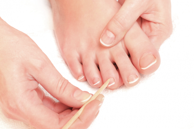 naturally pretty feet with French pedicure